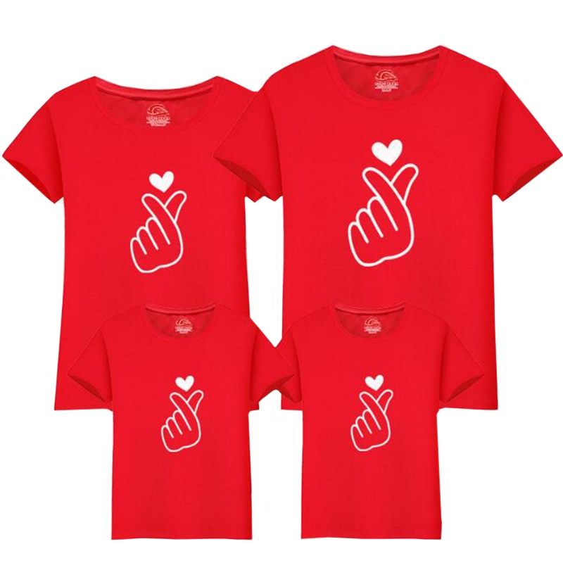Christmas Love Family Matching Clothing Mother Daughter Clothes Family Look T-shirt Mother Son Outfits Cotton Dad Son Clothes