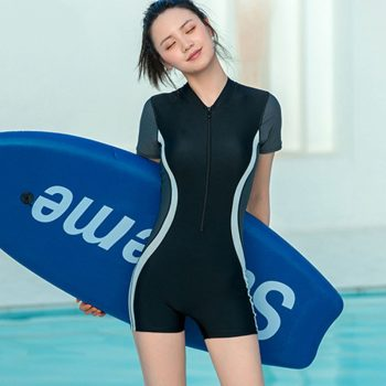Women Plus Size Sport Swimsuit 2019 Padded One Piece Surfing Suits Short Sleeves Professional Swimwear Competitive Beach Wear